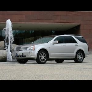 Cadillac SRX I 2003 - 2010