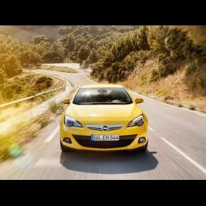 Opel Astra J GTC 2010 - 2018